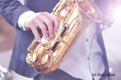 Die Band für Ihre Hochzeit, hier mit Saxofonist