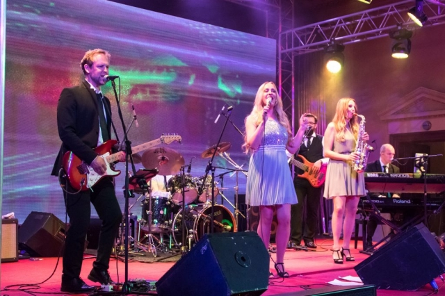 Partyband, Coverband Köln, für Firmenfeier, Betriebsfet, Hochzeit, Messe-Party