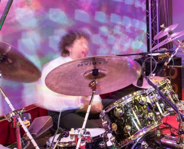 Mario Brüninghaus on drums, Schlagzeuger aus Köln