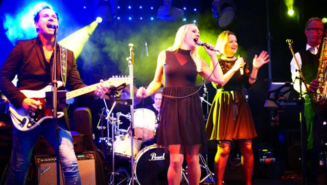 Die 1st Choice Band bei einer Firmenfeier im Raum Köln