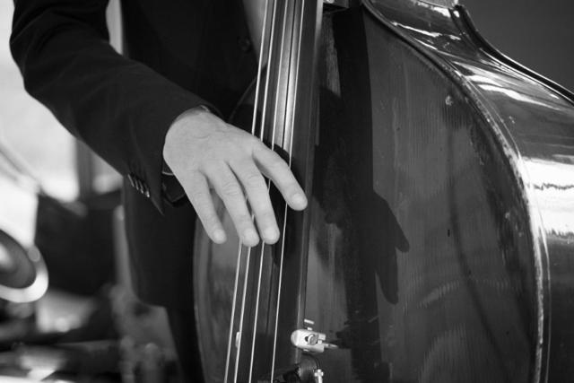 Dinnermusik, Live Band Köln, Kontrabass